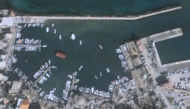 Sour Lebanon  City pictures : Port of Sour Lebanon